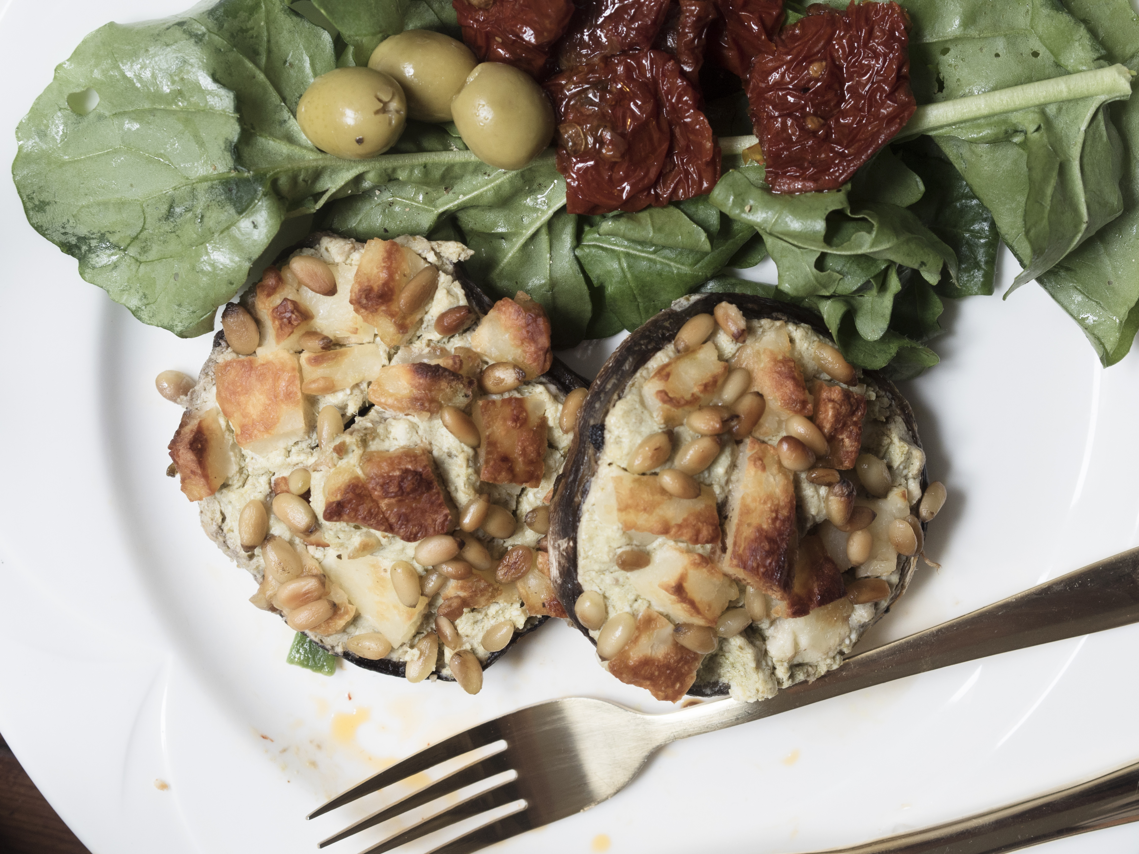Stuffed mushroom with courgette